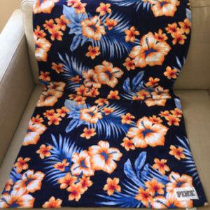 Victoria's Secret PINK Tropic Hibiscus Beach Towel